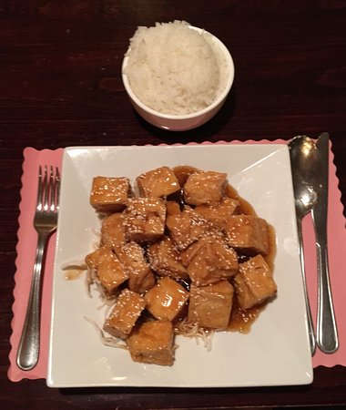 Auburn, MA: Sesame Tofu with White Rice