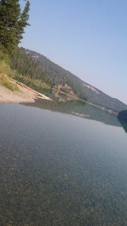 Ennis, Montana: Crystal Clear Waters of Wade Lake