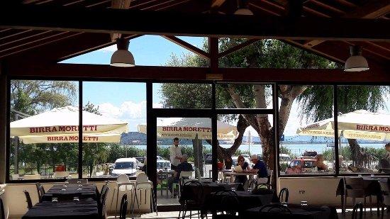 San Feliciano, Italien: Vista Interna sale e veduta esterna