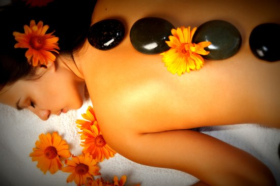 Red River, Нью-Мексико: Hot Stone, Deep Tissue, Swedish Massage and Facials are done with integrity to the Profession