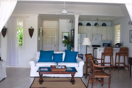 Cottage 1 View Of Living Room Kitchen From Veranda Picture Of Jamaica Inn Ocho Rios Tripadvisor
