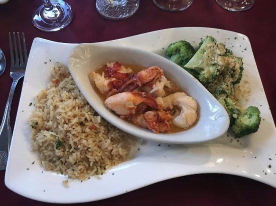 Brown's Wharf Restaurant: Lobster Saute