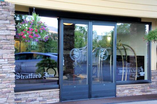 Stratford Inn Entrance