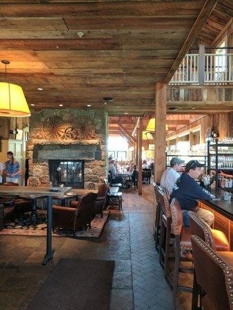 Groton, MA: Gibbet Hill Restaurant - Inside