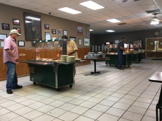 Barnesville, GA: Some of the buffet carts