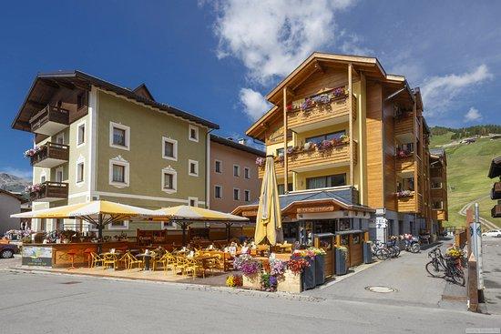 Alp wellness hotel mota livigno prezzi 2019 e recensioni - Livigno hotel con piscina ...