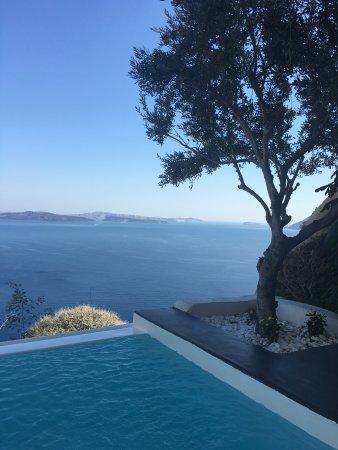 แอนโดรนิสลักซูรี่สวีทส์: Stunning view