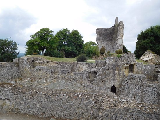 Normandy Town & Country: Ruins, Domfront
