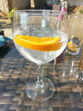 Ringstead, UK: Gin!