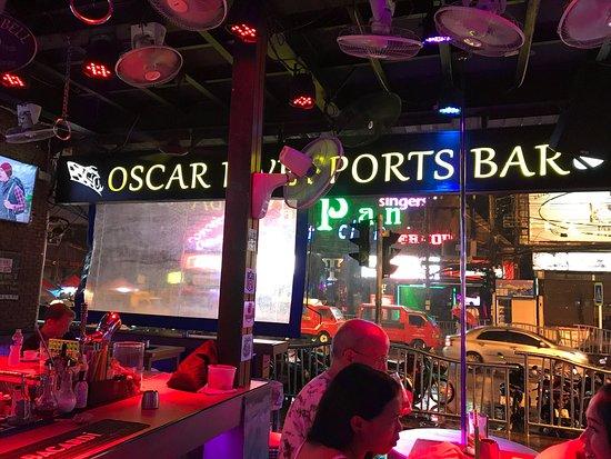 Oscar Sports Bar