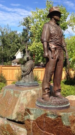 San Anselmo, Californien: Yoda & Indian Jones Statues