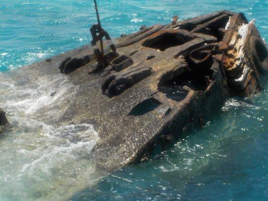 Hamilton, Bermuda: HMS Vixen Shipwreck
