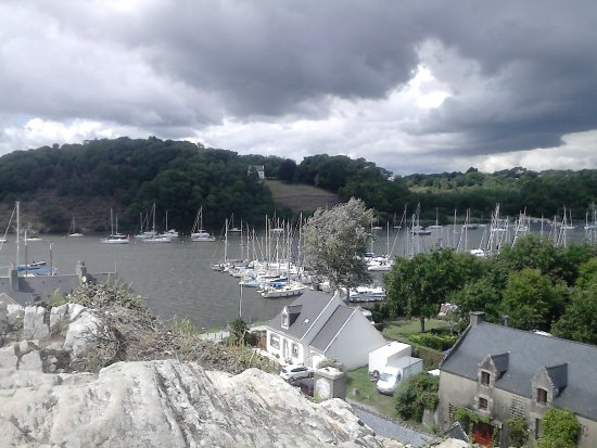 Le Port En Contrebas Picture Of Rocher De La Roche Bernard La