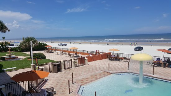 Affordable family fun at the beach
