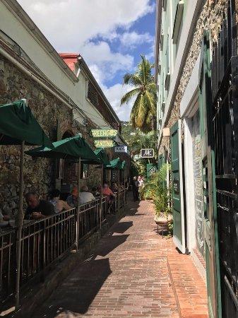 Greengos Caribbean Cantina : Greengos - St. Thomas
