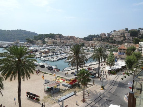 Aparthotel Soller Beach: From balcony 1403
