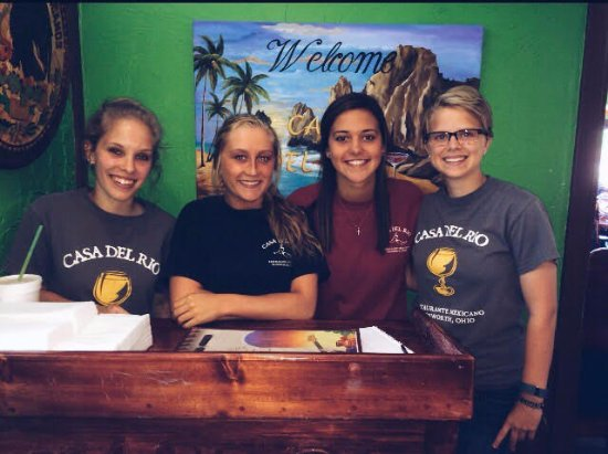 Wadsworth, OH: The hostesses: Faith, Hannah, Haley, Peri.