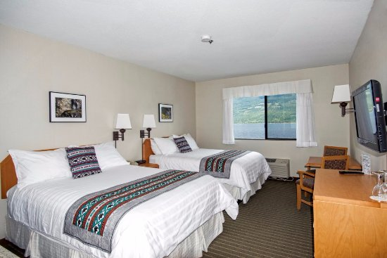 Ainsworth Hot Springs Resort: Premier View room Adult  only occupancy