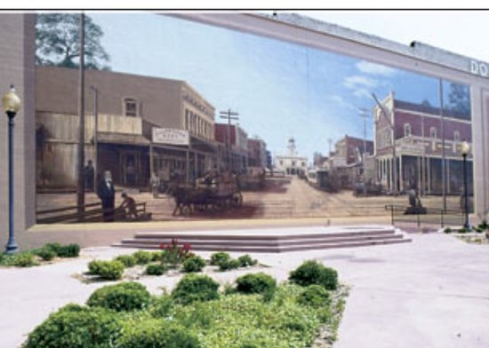 Murals Of Pine Bluff