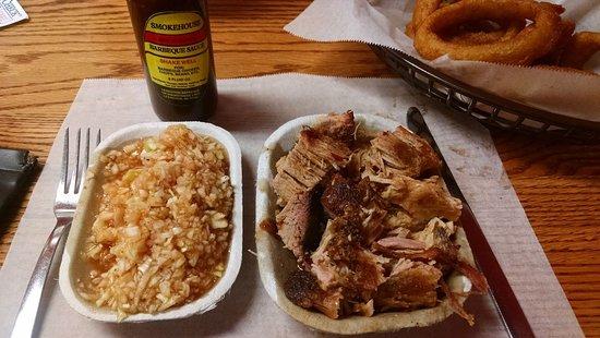 Lexington, Carolina del Norte: The coarse chopped barbecue plate