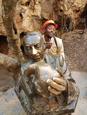 Sterkfontein Cave: With my awesome guide, Fany Ana! Rub either the nose (wisdom) or hand (luck) after exiting!