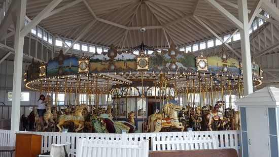 Carousel at Lighthouse Point Park