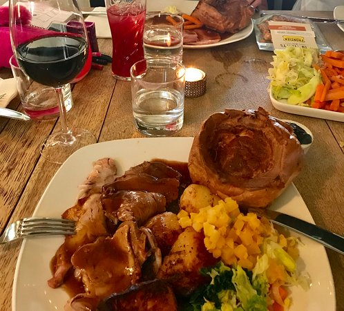 Winkfield, UK: Roast lamb