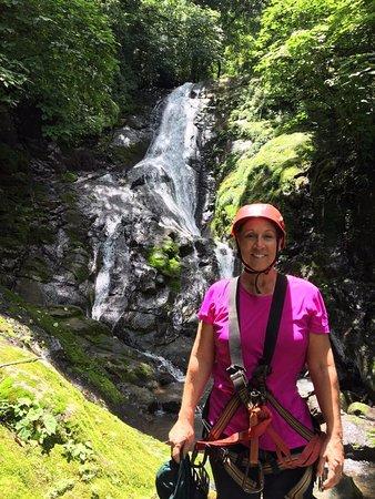 Miramar, Costa Rica: That's me, in between zip-lines!
