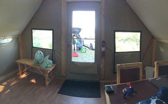 Forillon National Park, Kanada: intérieur de la tente Otentik