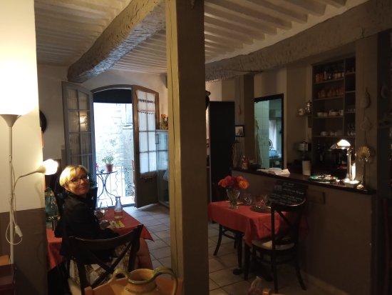 Saignon, France: IMG_20170808_192003_large.jpg