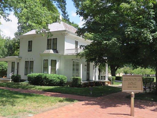 Abilene, KS: Eisenhower childhood home