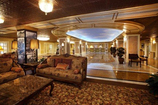 The Claridge – A Radisson Hotel