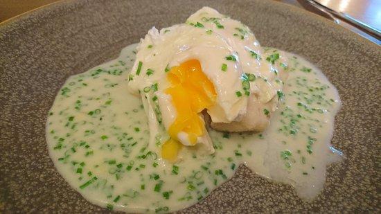 Saint Saviour, UK: Smoked haddock and poached egg