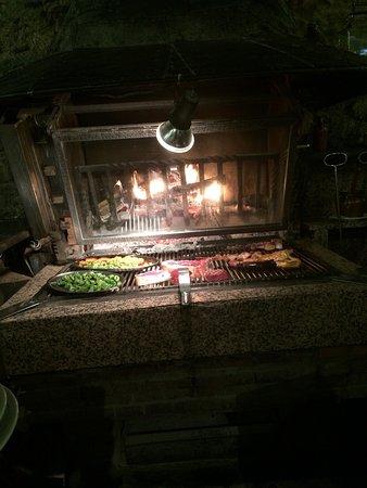 Región de La Massana, Andorra: Très beau restaurant. Personnel agréables et sympathiques. La cuisine excellente et copieuse. Ri