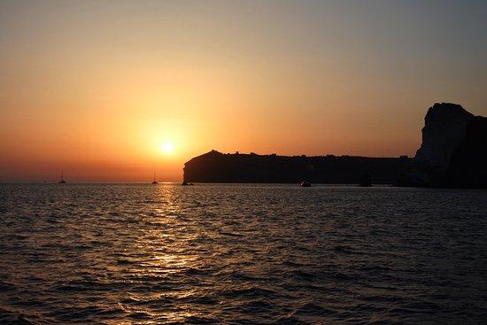 Firostefani, Greece: Sunset on the Dream Catcher - Santorini Sailing.