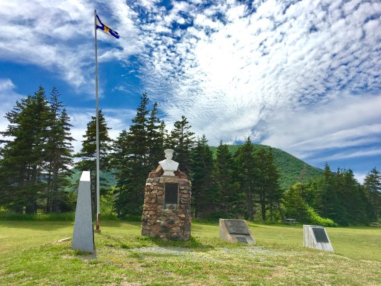 Cape North, Canada: Memorials to John Cabot in the park