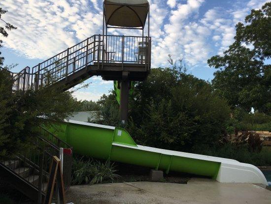 Cedar Creek, TX: Water slide