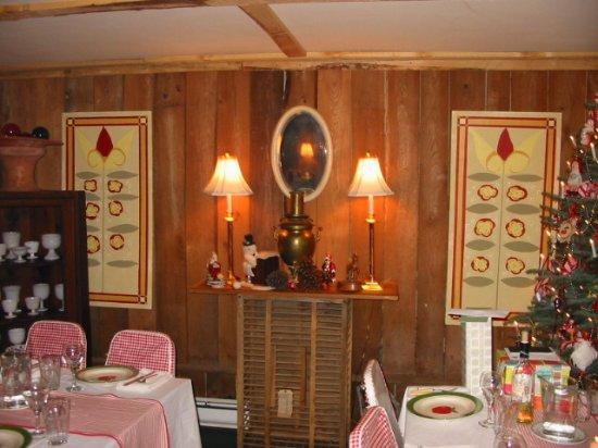 Bovina Center, NY: Tables Ready!
