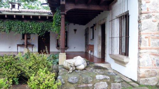 Hotel Cirilo Photo