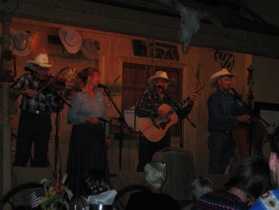 Foto de Circle B Ranch Chuckwagon Supper & Western Music Show