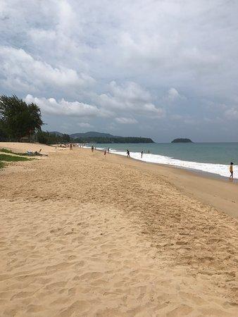 Foto de Movenpick Resort & Spa Karon Beach Phuket