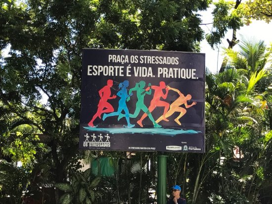 Meireles Beach: praça