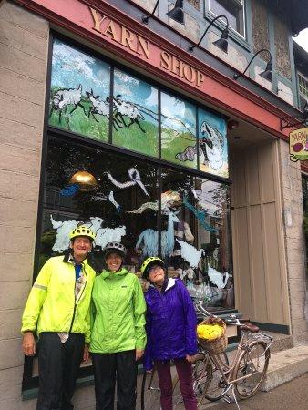 I Heart Bikes: yarn shop visit