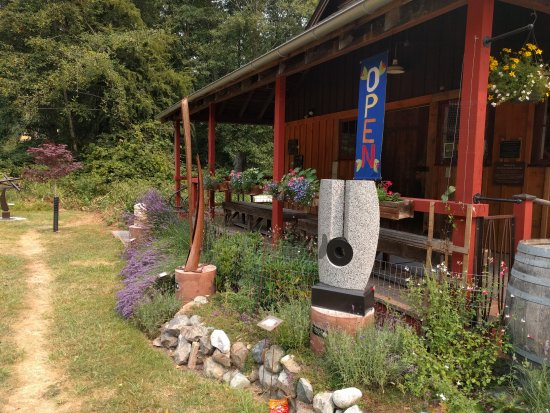 Olga, WA: Sculpture Garden at Artworks