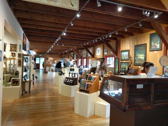 Olga, WA: Main Gallery at Artworks