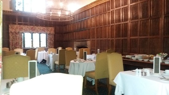 Weston on the Green, UK: Classic dining room
