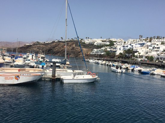 photo0.jpg - Billede af Walk from Puerto del Carmen to Puerto Calero, Puerto ...