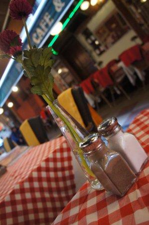 Cozy Restaurant Cafe & Pub: Cozy Bar and Pub