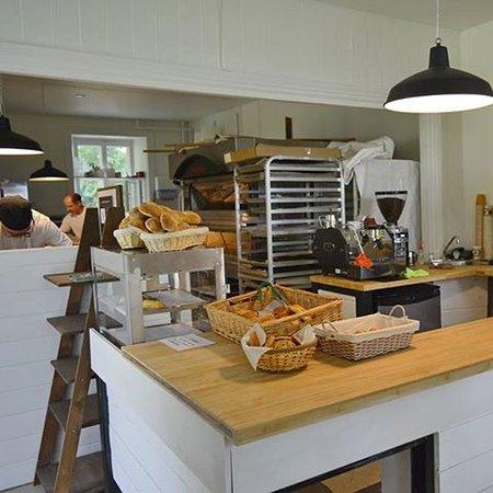 boulangerie artisanale nuances de grains l 39 anse saint jean restaurant avis num ro de. Black Bedroom Furniture Sets. Home Design Ideas