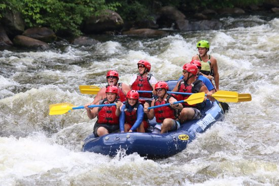 Wildwater Rafting - Pigeon : Taken at the first Class 3 rapid